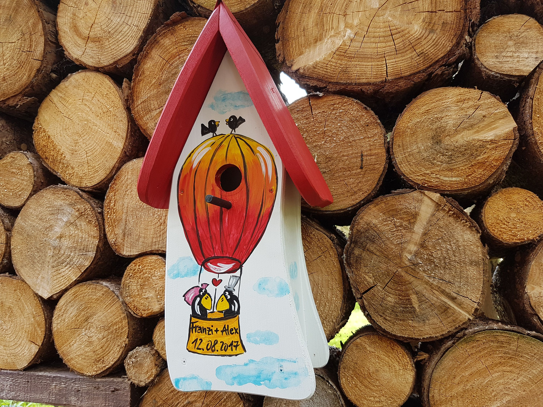 Hochzeitsgeschenk Vogelhaus Hochzeit Nistkasten Zur Hochzeit Personalisiert Von Vogelvillaoriginal Auf Etsy Nesting Boxes Handmade Birdhouses Bird Houses