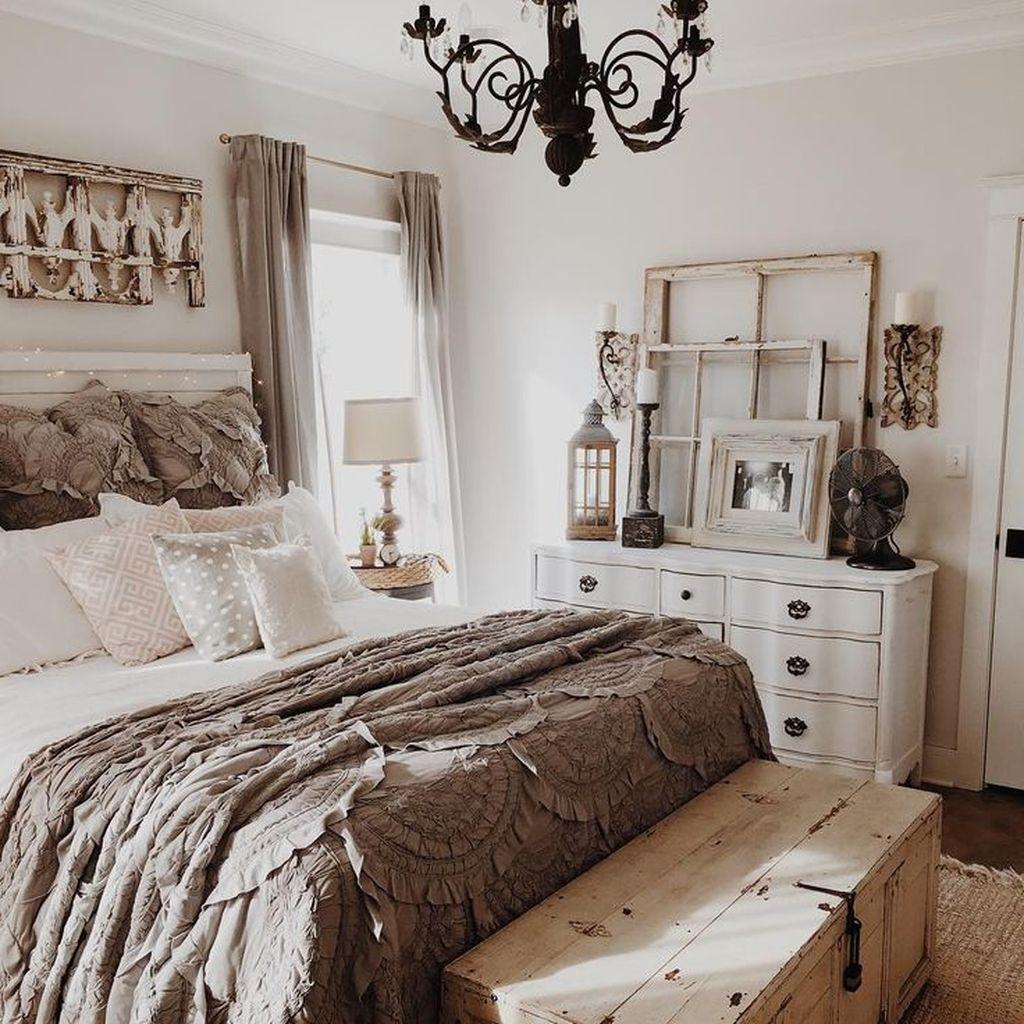70 Romantic Rustic Farmhouse Master Bedroom Decorating