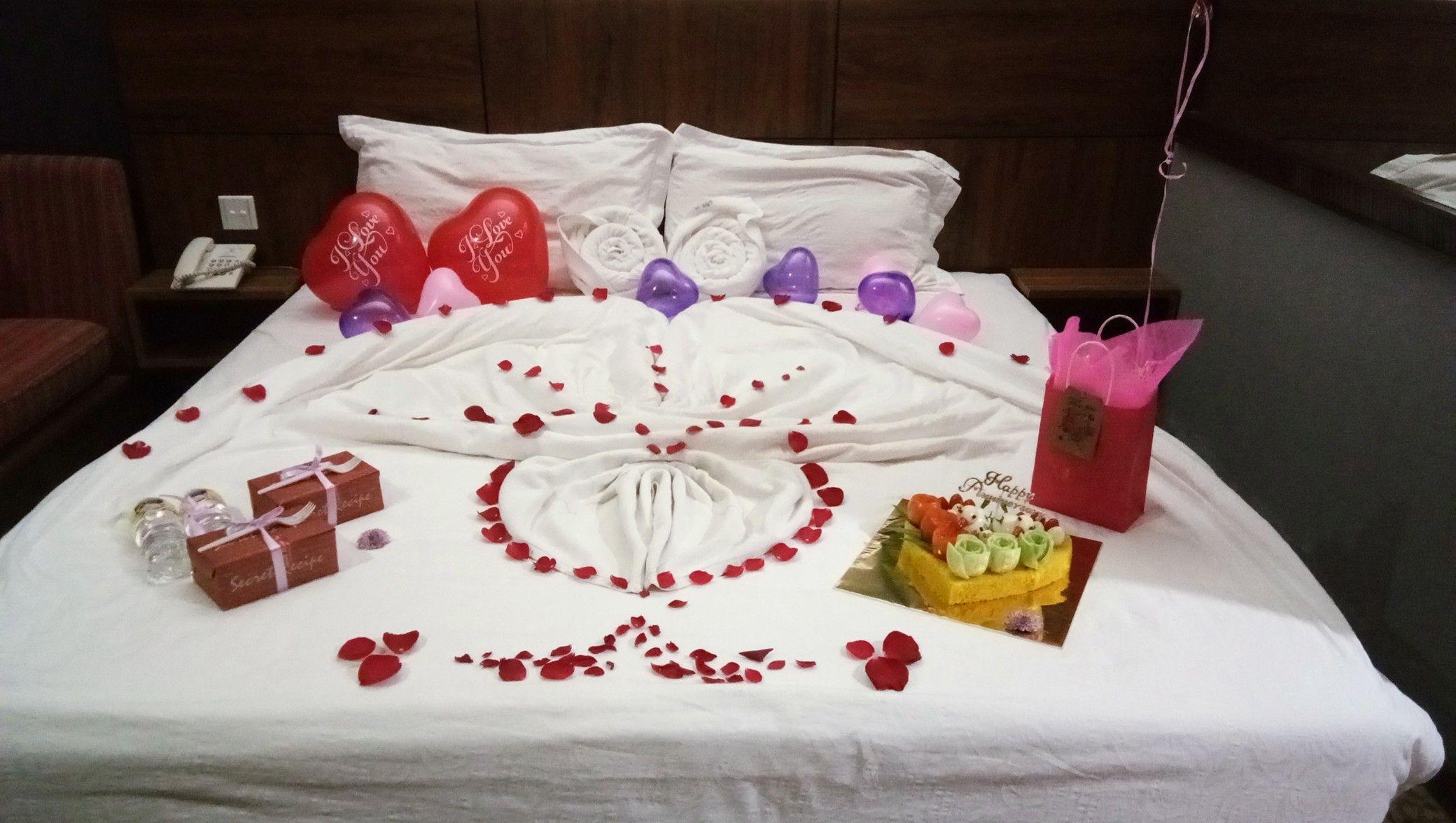 Room Deco Honeymoon By Langkawi Surprise Heart Honeymoon Bedroom Honeymoon Rooms Wedding Bedroom
