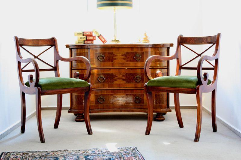 Vintage Stühle - 2 Stühle Armlehner Holzstühle Klassiker England - ein Designerstück von wohnraumformer bei DaWanda