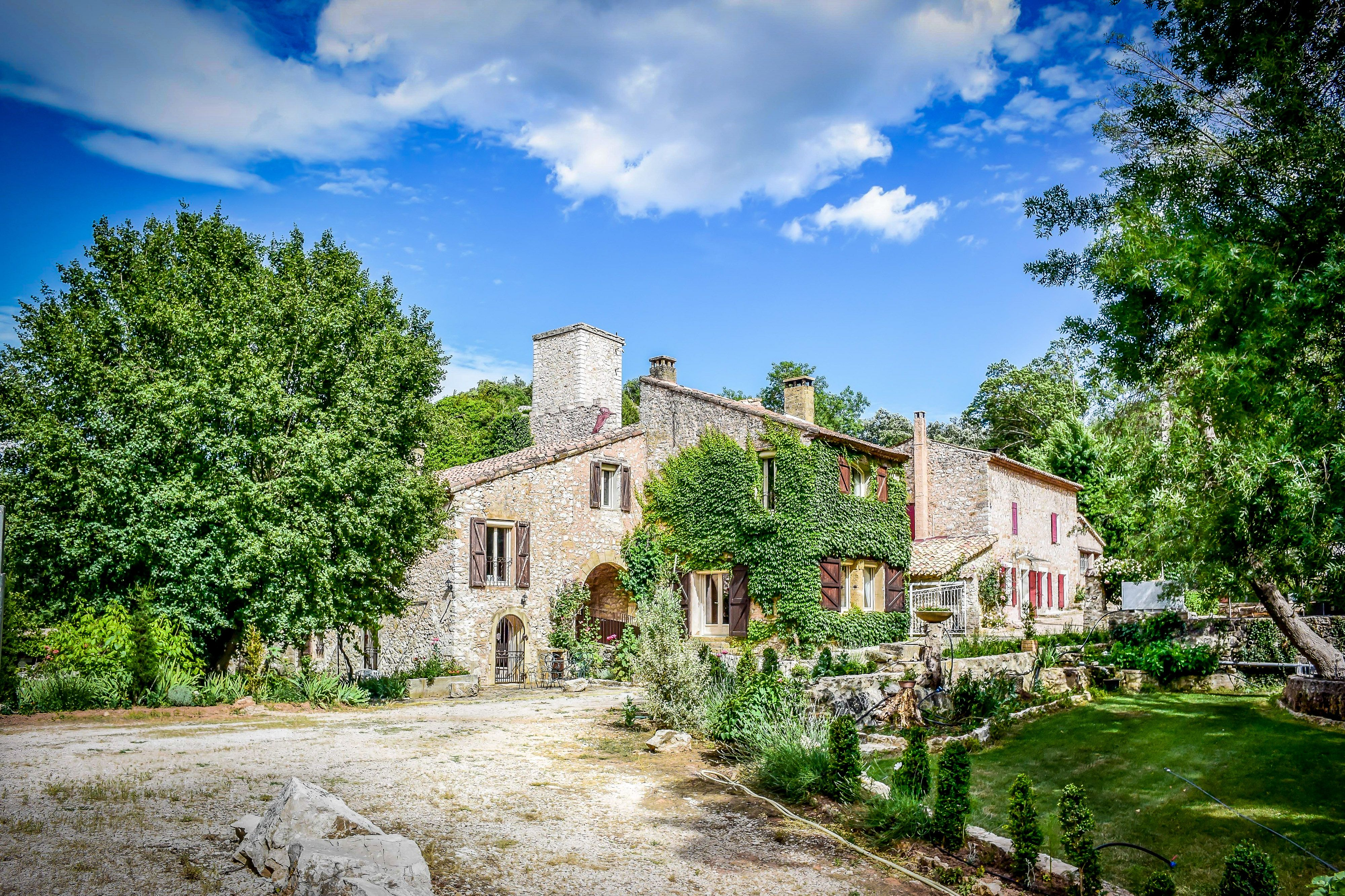 Stone Aix En Provence lovely stone property situated near the villages of rians