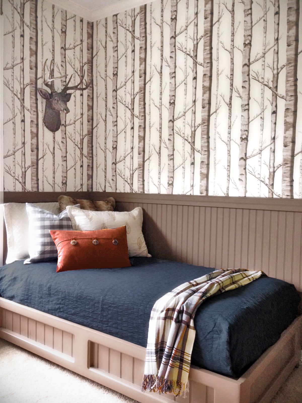awesome cabin lighting cabins bedding log house decor passion rustic ideas images themed decorating by fresh bedroom