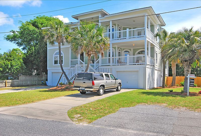 Exterior view of the home private pool isle of palms