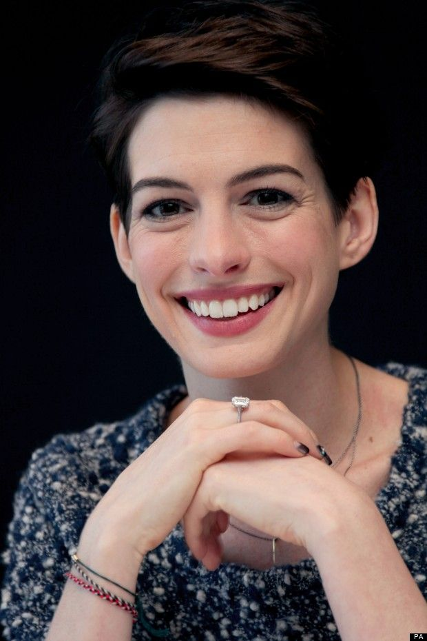 We Love Anne Hathaway 39 S Half Moon Nails Her Enement Ring Doesn