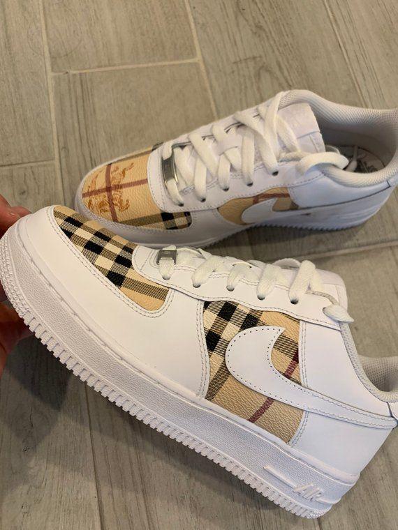 Burberry Custom Nike Air Force 1 in 2020 Nike schoenen
