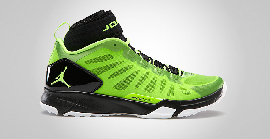 Jordan Trunner Dominate Pro - Electric Green / Black / White