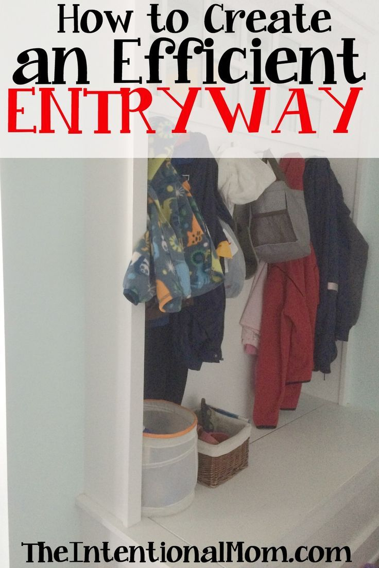 When it comes to creating an entryway that is both efficient and pleasing to the eye I find there are a couple of things to keep in mind. Here's how I do it