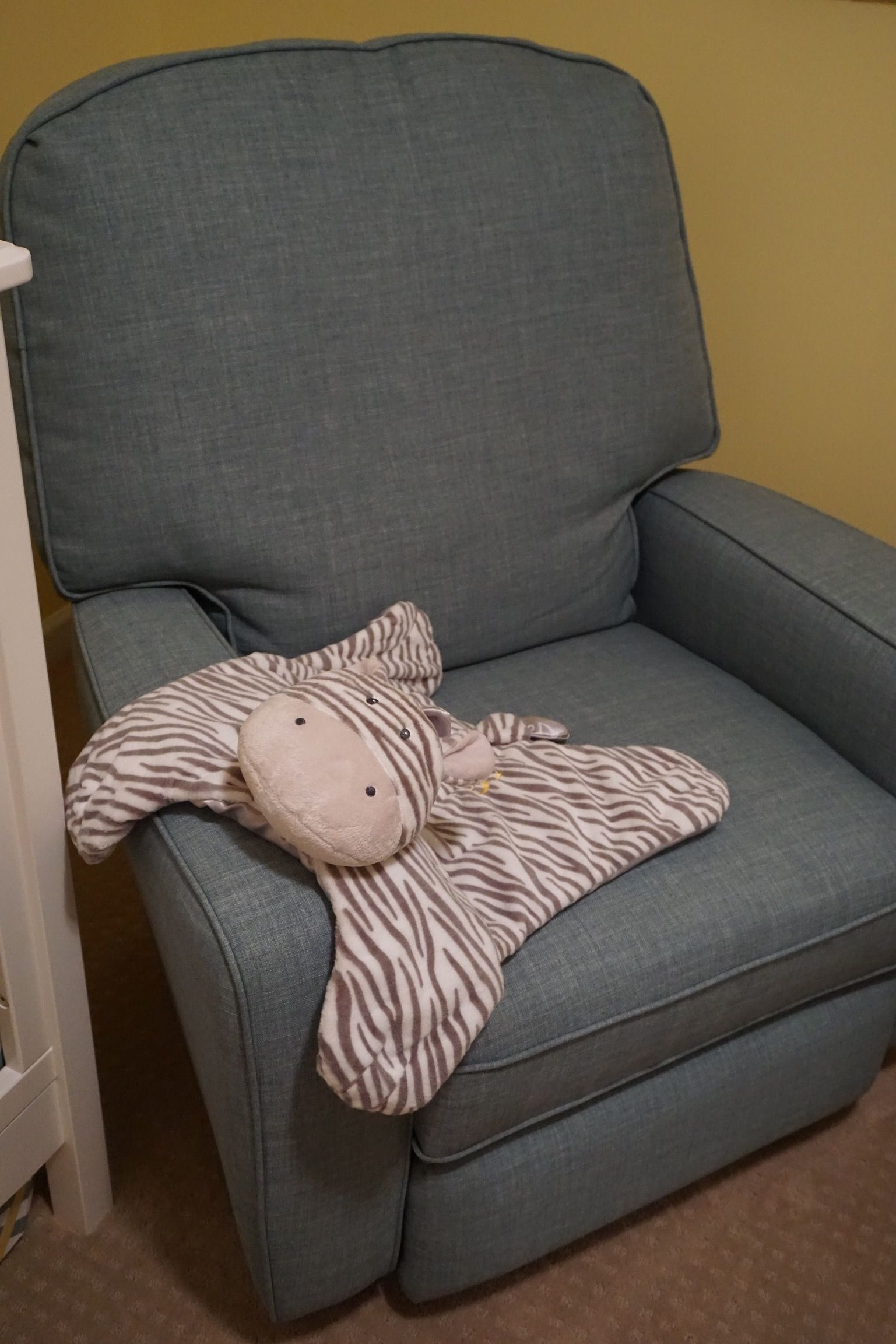 besthf com chairs posture improving chair pin by melanie pezall on sullivan s nursery pinterest bilana swivel recliner best storytime series http www