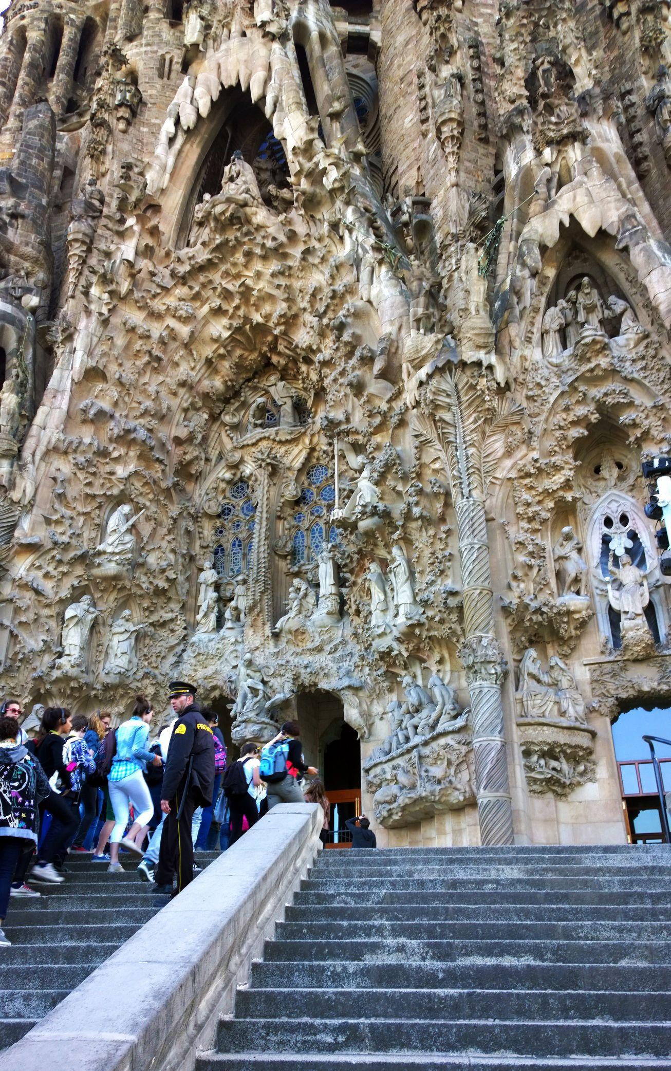 Joanne | Barcelona | Barcelona spain, Barcelona travel ...