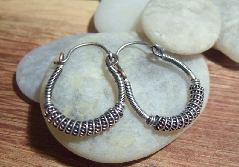 Tutorial for Wire Wrapped Hoop Earrings. - Lampwork Etc. | Wire ...