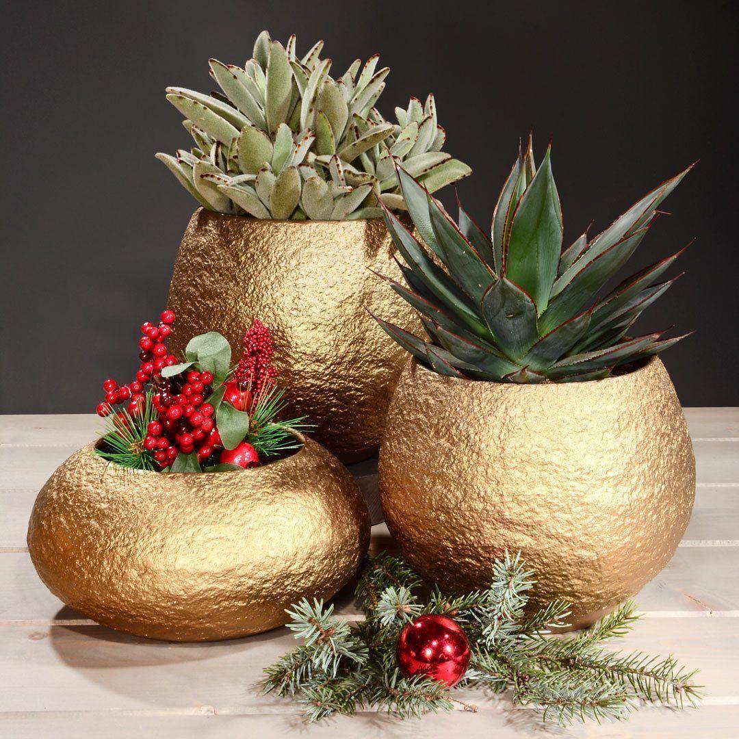 Kugelrunde Goldstucke Stylishe Keramik Gold Nuggets Fur Eine Festliche Winterdeko Classico Unique Home Decor Home Decor Accessories Planter Pots