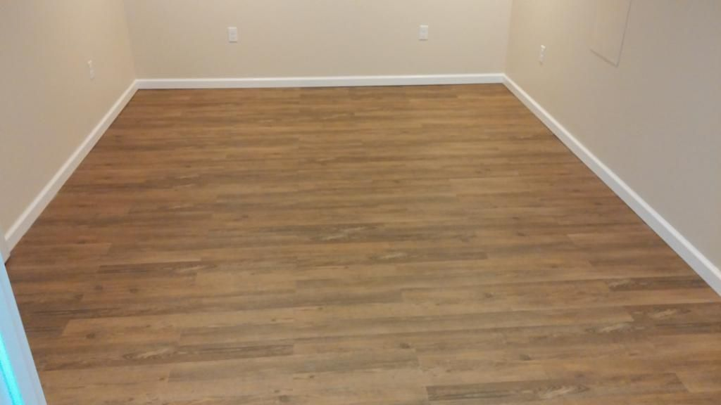 1 5mm North Perry Pine Resilient Vinyl