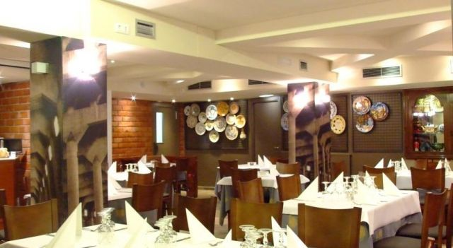 Hotel Restaurante Los Angeles - 1 Star #Hotel - $31 - #Hotels #Spain #Alagón http://www.justigo.biz/hotels/spain/alagon/restaurante-los-angeles_10240.html