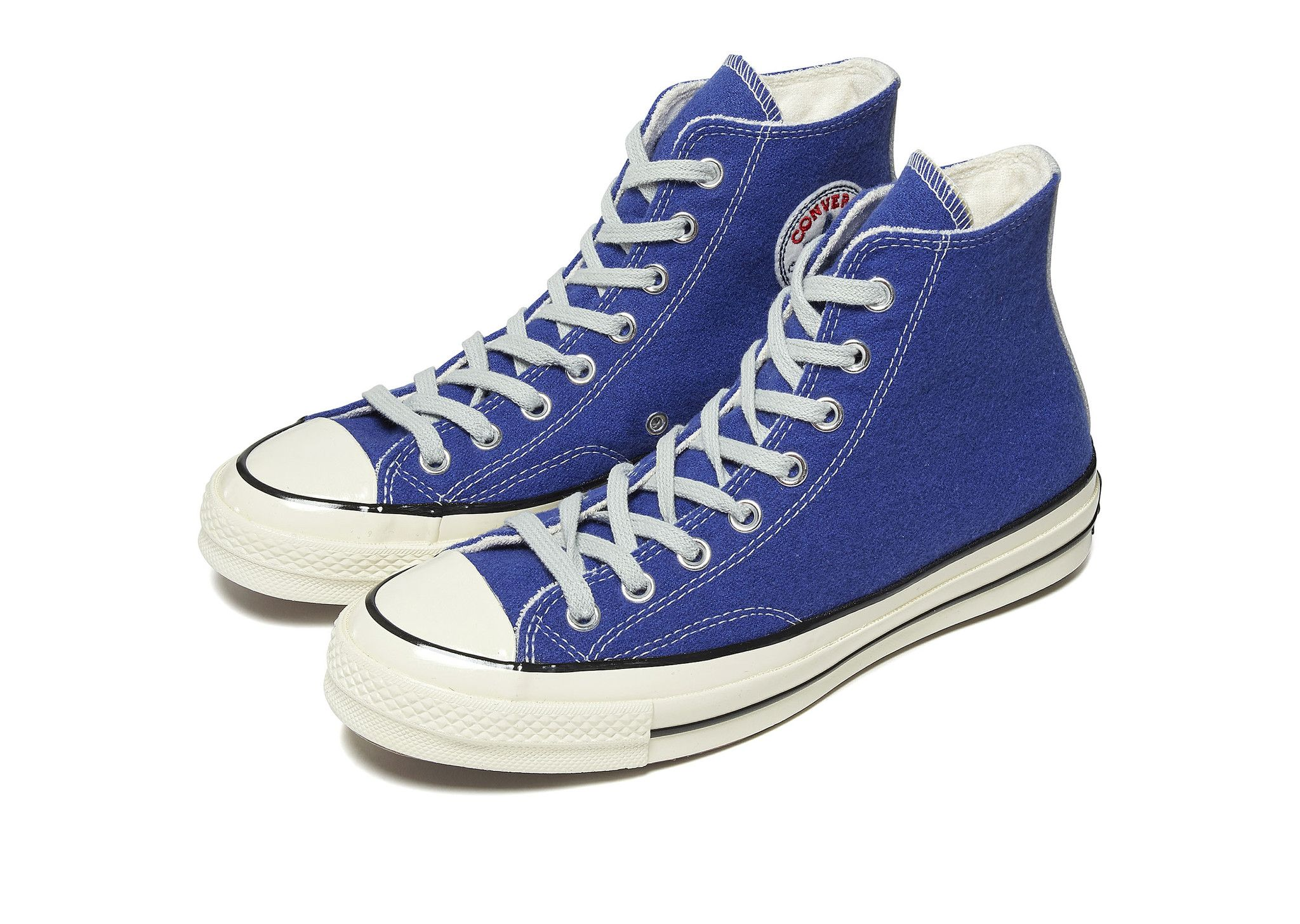 chuck taylor converse shoes 70s iconic couples from the past
