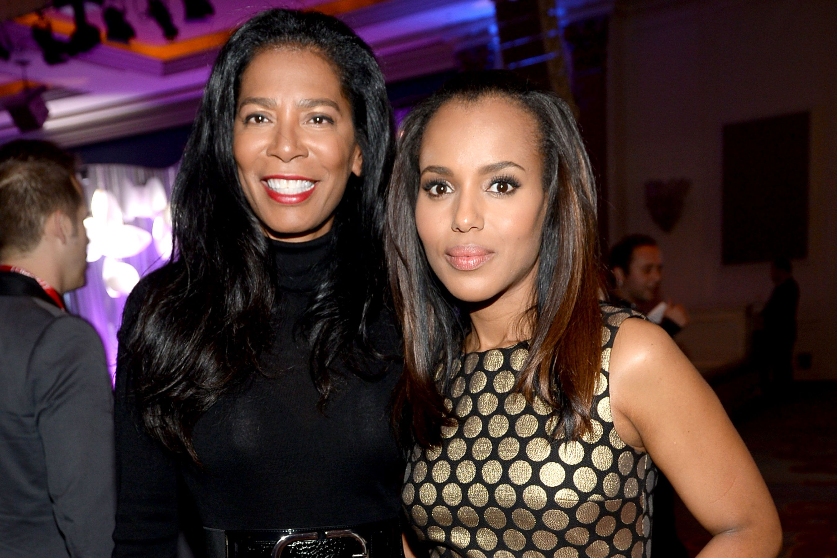 Kerry Washington Shares Photo From Scandal Wrap Party With Og Olivia Pope Olivia Pope Scandal Kerry Washington Scandal
