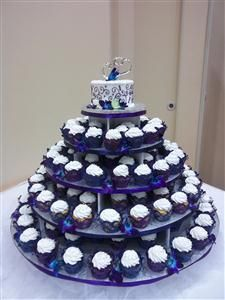 wedding cake and cupcakes purple purple and blue wedding cake cupcake tower wedding cakes 21733