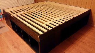 ikea hack so wird aus kallax regalen ein bett bett wohnen und m bel. Black Bedroom Furniture Sets. Home Design Ideas
