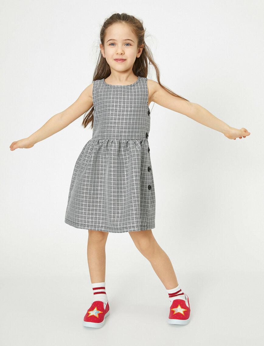 Simli Ekoseli Belden Oturtmali Kolsuz Orta Boy Elbise 2020 Elbise Moda Stilleri Kizlar
