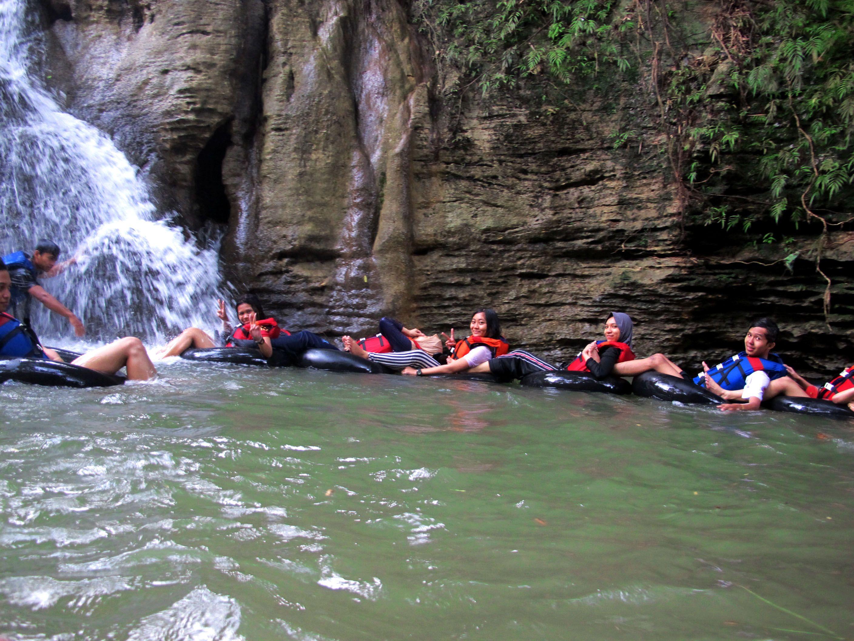 Wisata Body Rafting Santirah, Pangandaran Places to