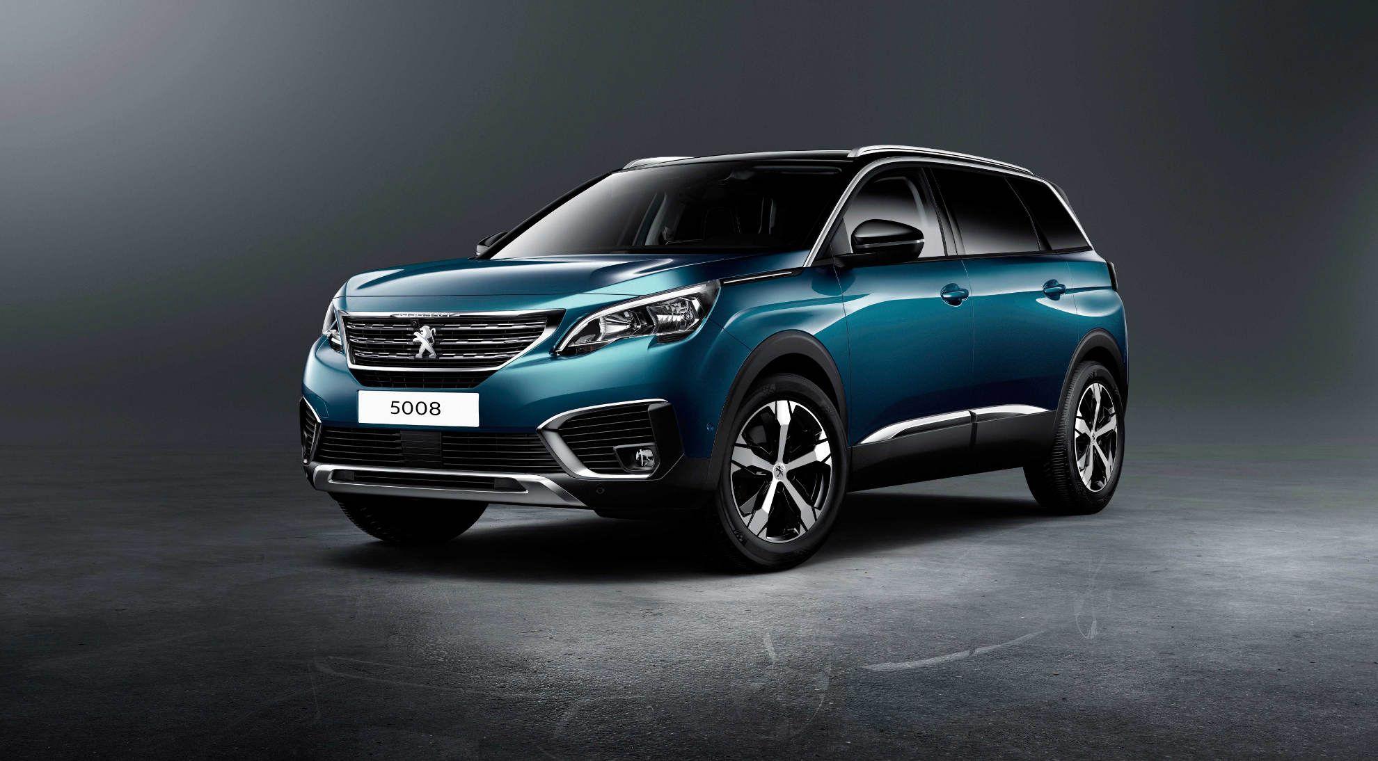 Peugeot 5008 modell 2017 frontperspektive