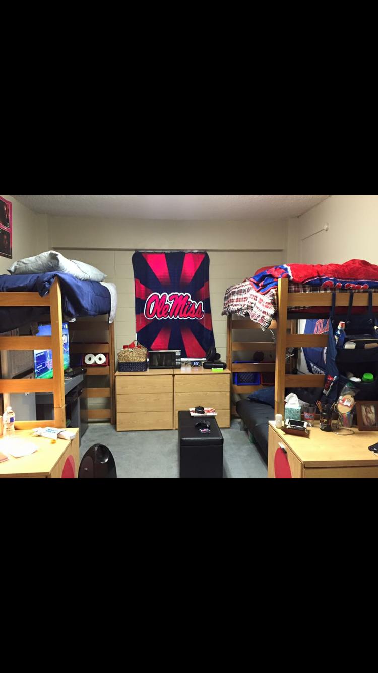 Ole Miss Boys Dorm Room Stockard