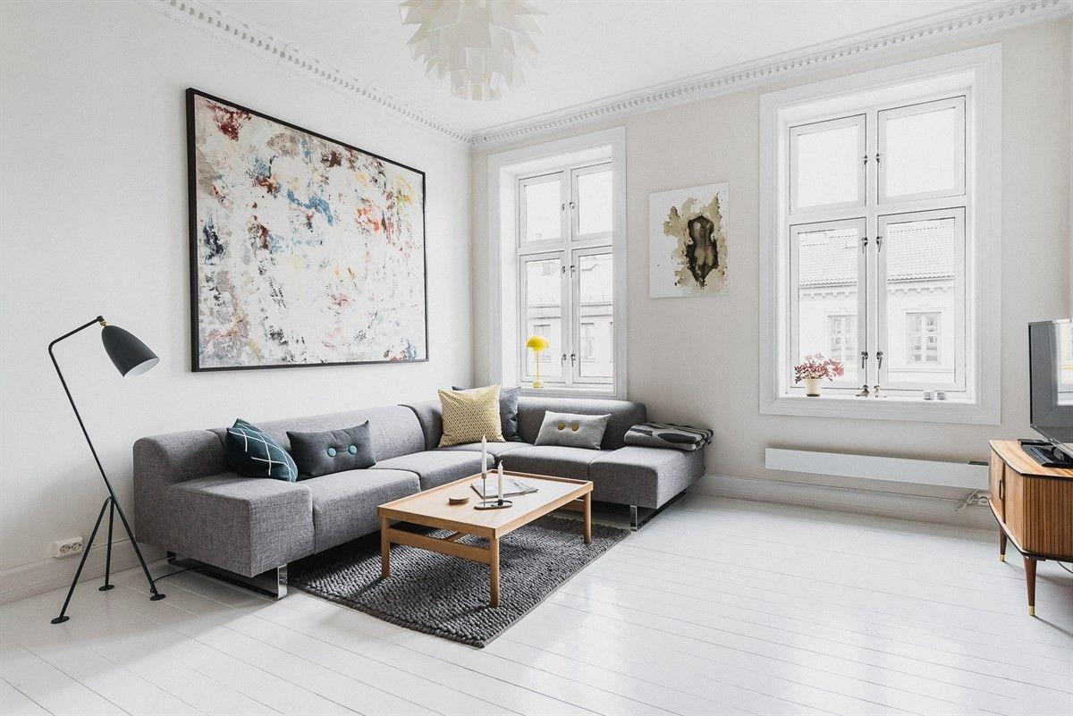 FINN – ST.HANSHAUGEN: 3-roms med balkong og klassisk sjarm. Stukkatur, rosett og peis. Midt på Haugen, nær parker og uteliv.