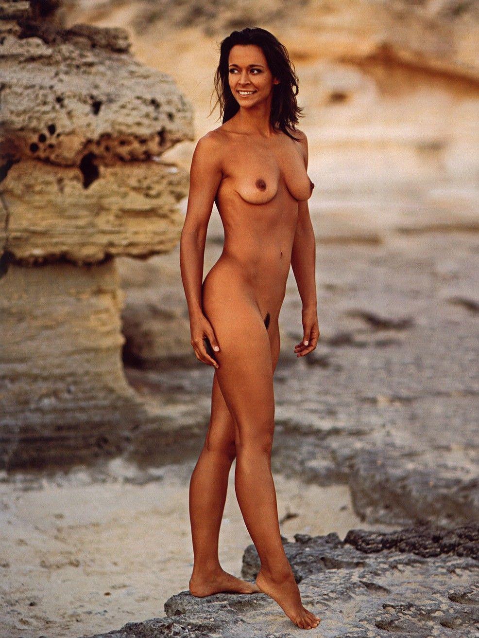 Bekannte Nackt