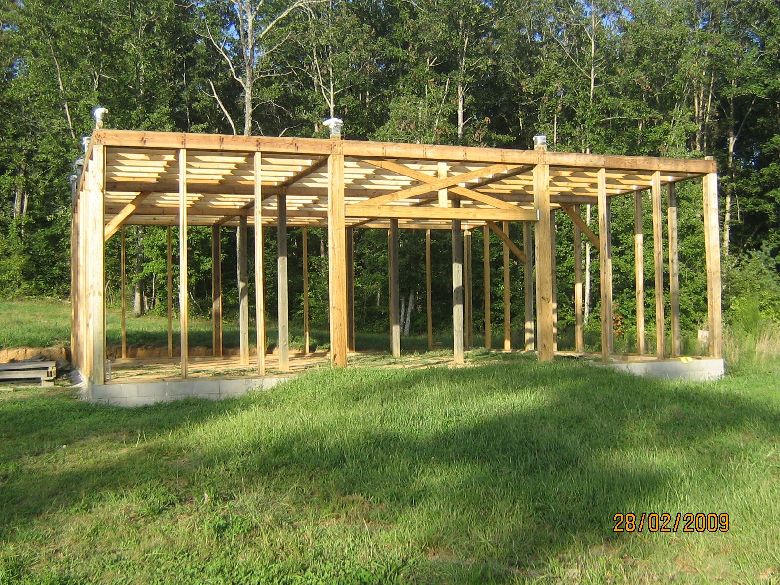Build a modified post and beam frame beams barn and cabin for Post and beam shed plans