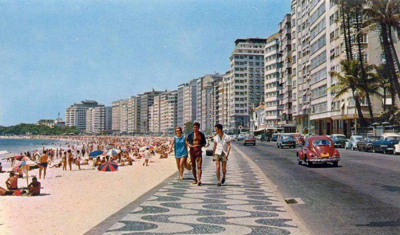 Praia de Copacabana. Anos 60