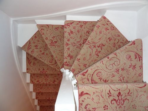Best Pin About Carpet Stairs And Bedroom Carpet On 107 19 400 x 300
