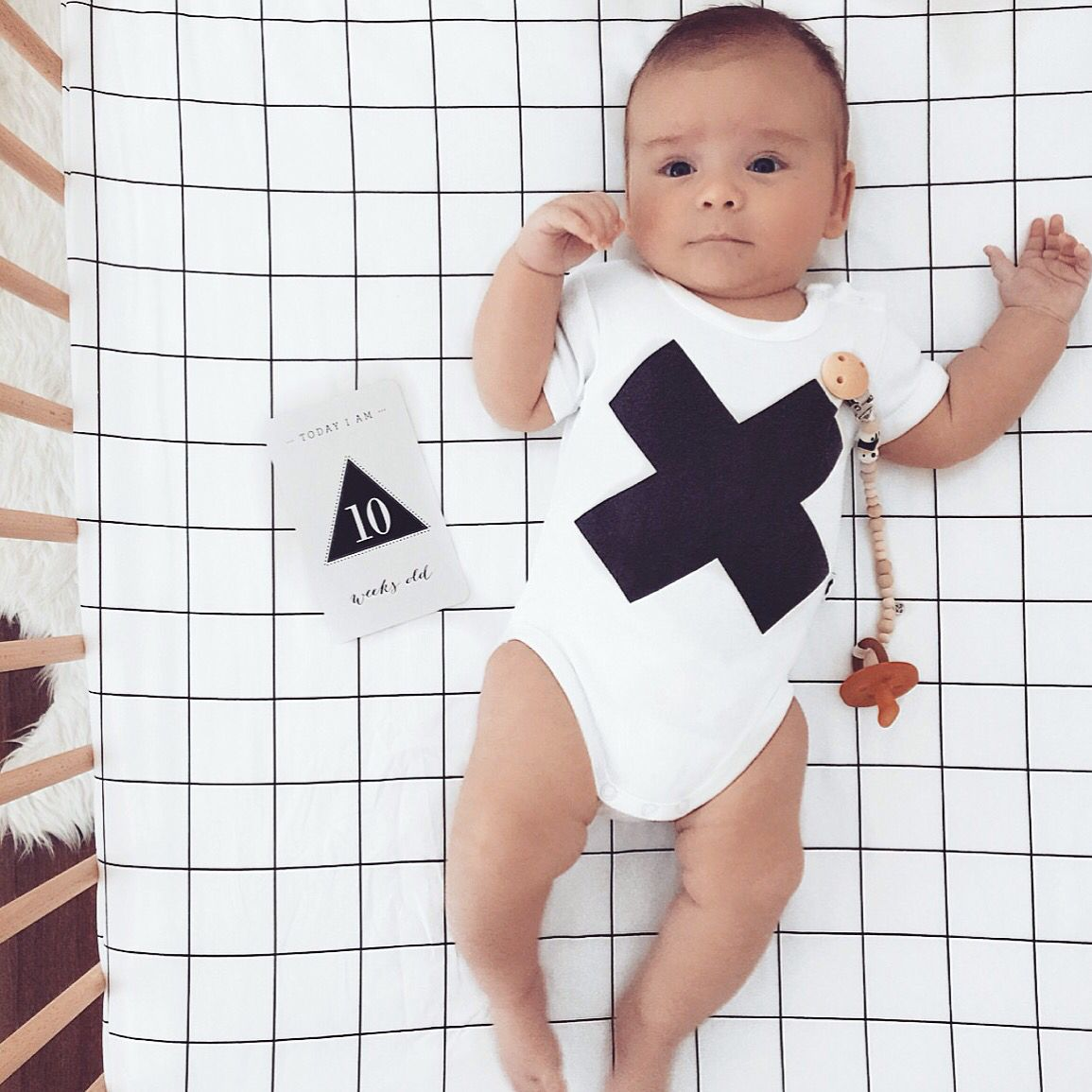 Newborn baby milestones monochrome nursery   @carlyamcdonagh