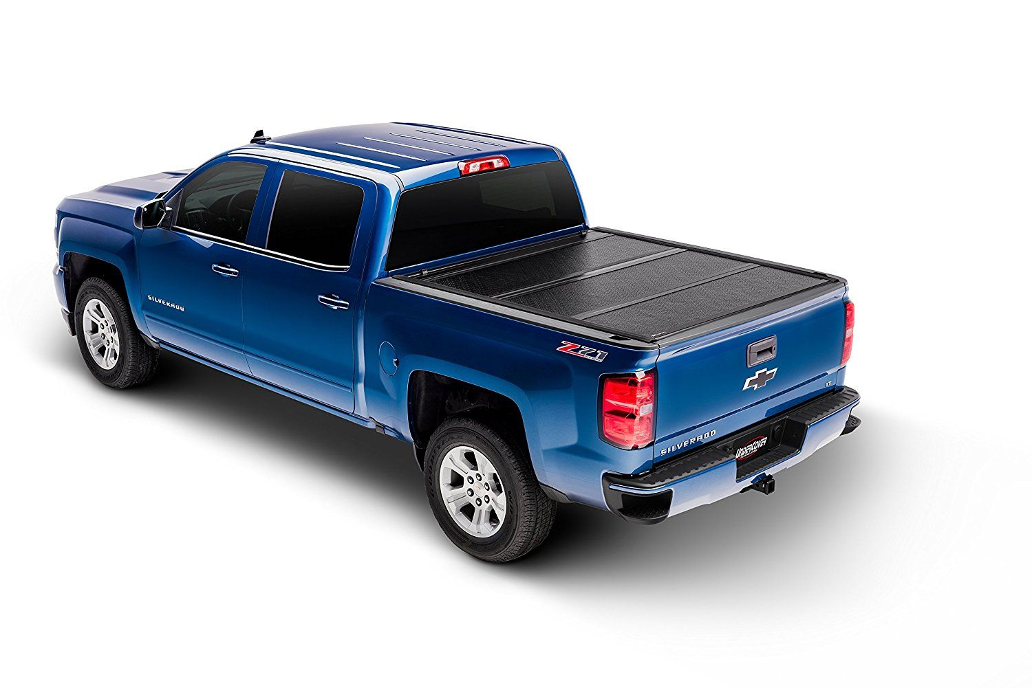4 Best Hard Folding & Roll Up Tonneau covers for GMC