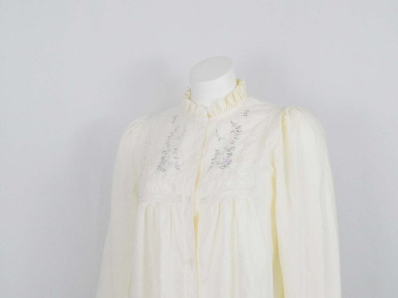 ccd366623cd56 Vintage 80s Eighties Short Nightgown Pale Yellow Long Sleeve Small S ...