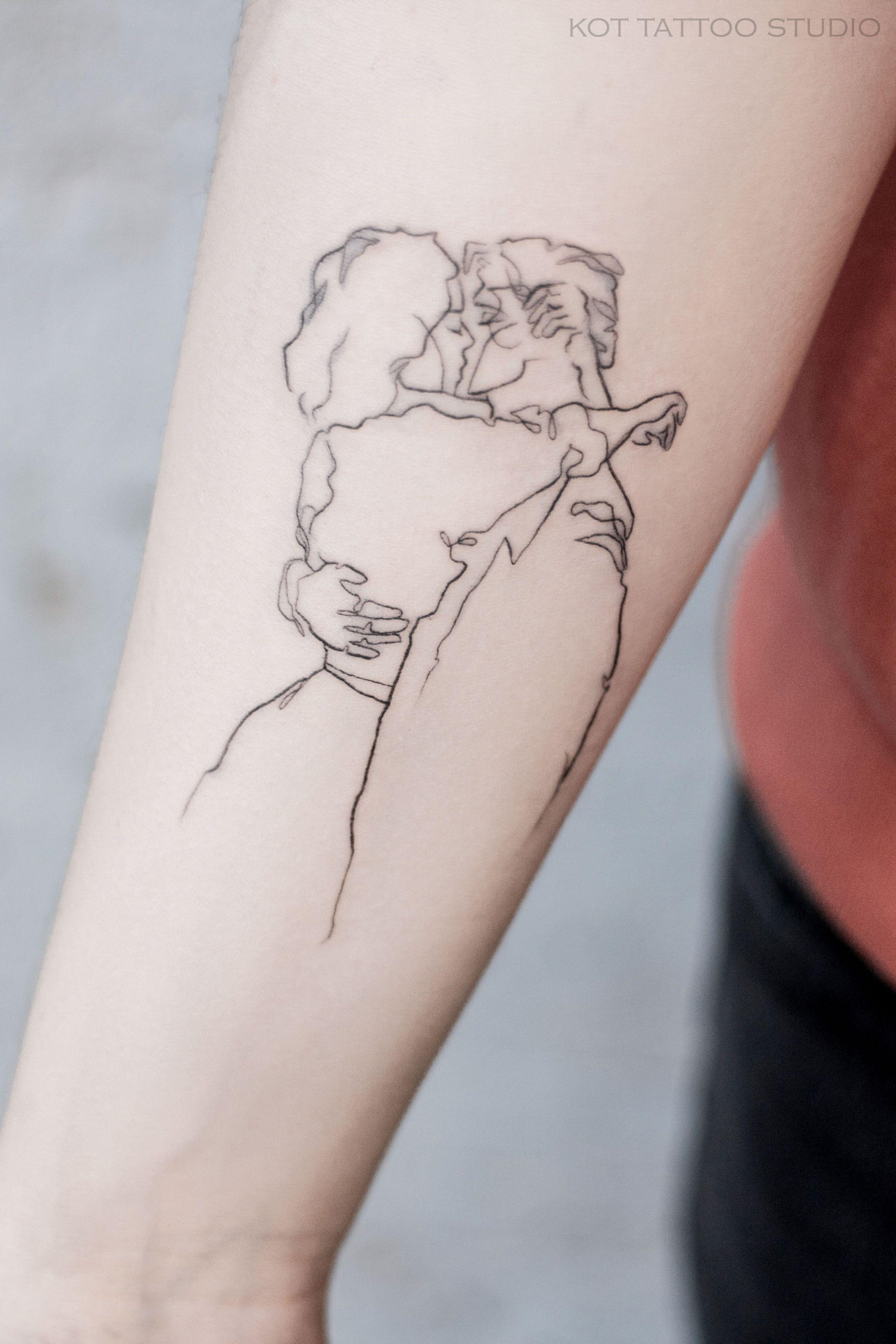 тату на руке красиво и качественно выполненное смотрится круто