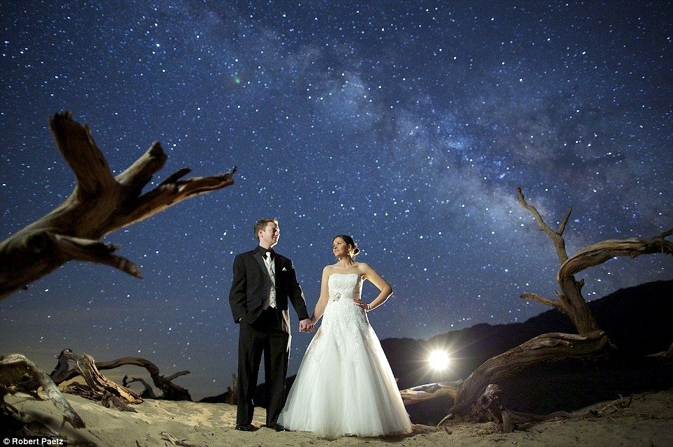 S Mark Their Engagement With Time Lapse Photographs Of The Night Sky Made To Look As Sparkly A Diamond Ring Wedding Photographyengagement