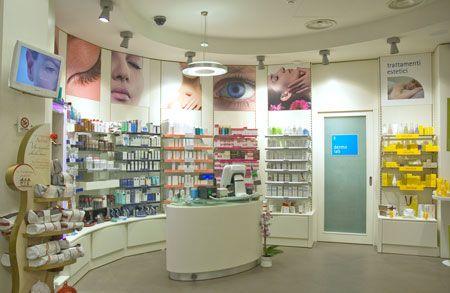 AGELL: Farmacia della corte::.. | Arredamento farmacie | Pinterest