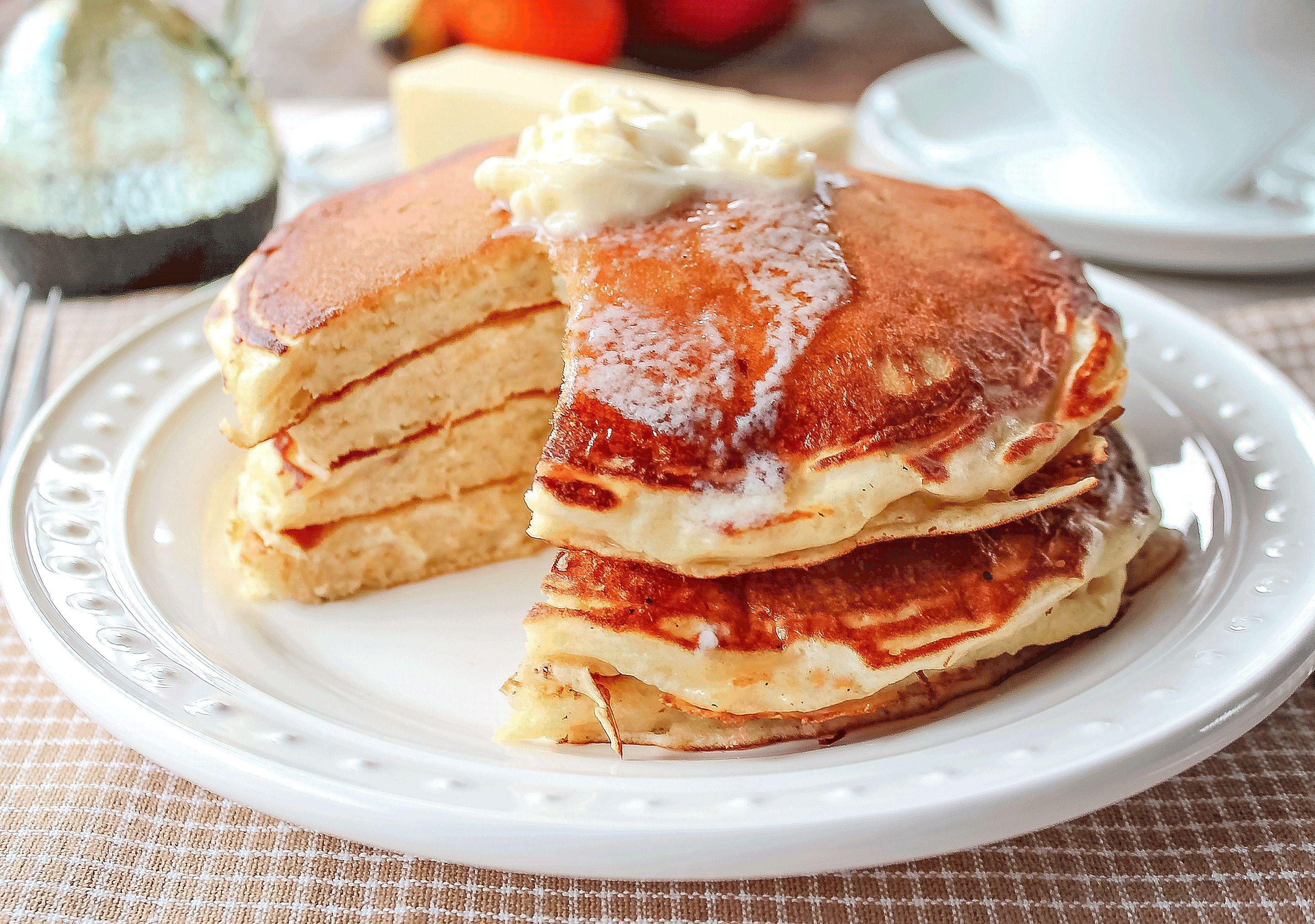 The Best Buttermilk Pancakes Ever Fluffy Tall Soft Homemade Buttermilk Pancakes Doe Sour Cream Pancakes Breakfast Sweets The Best Buttermilk Pancake Recipe