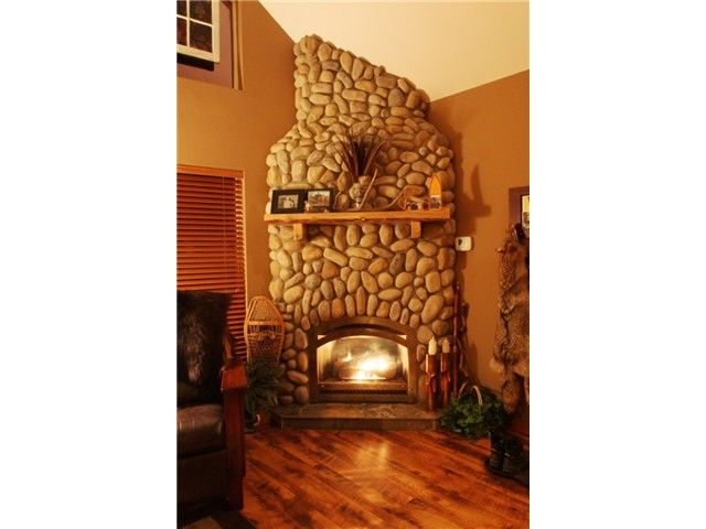 river rock fireplace 3