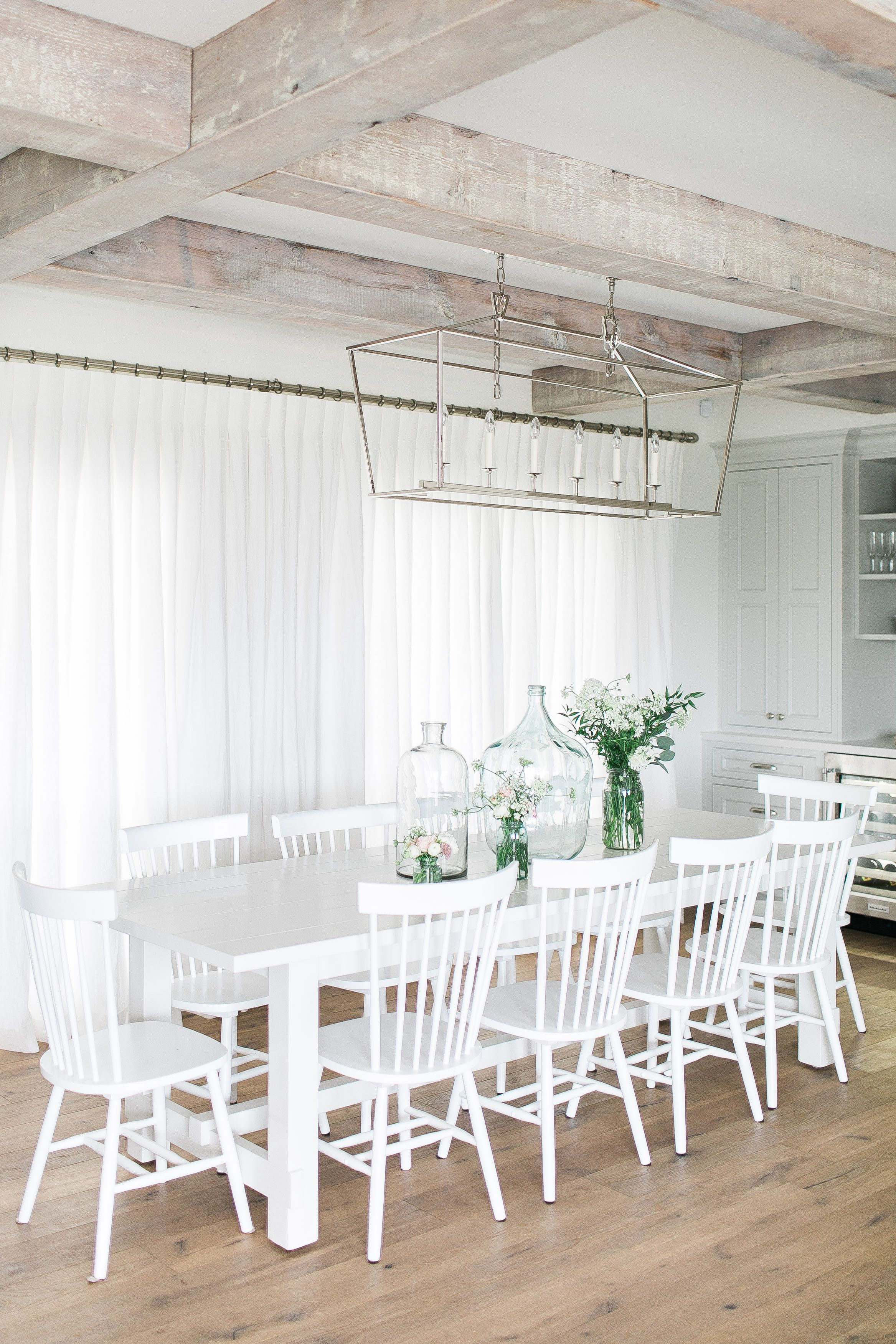 Our Q2 100% Linen drapery in colour Oyster add so much softness to Jillian Harris' eating area! Let us help you get perfect drapery for your home.... It's easy! Click to order online: https://qdesigncentre.com/shop/drapery/100-linen/