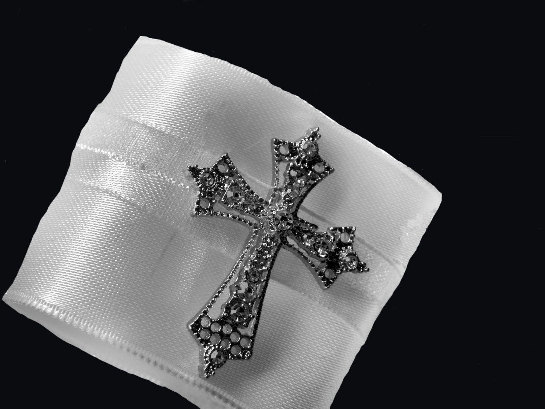 w Swarovski Crystal Green Cross Christening Baptism Pin Brooch Religious Jewelry