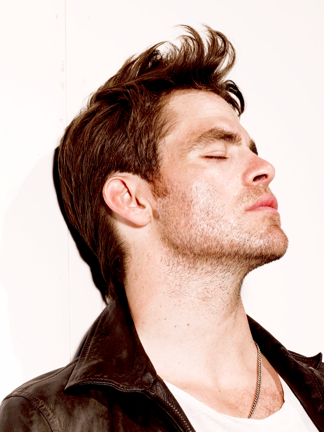 Haircuts for men las vegas pin by mary ackles on chris pine  pinterest