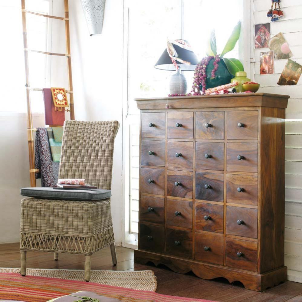 cool voir cette pingle et duautres images dans maisons du monde par bonshopping with meuble. Black Bedroom Furniture Sets. Home Design Ideas
