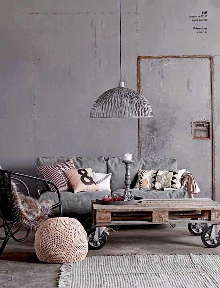 Comment intégrer la table basse style industriel dans le salon ...
