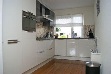 L Vorm Keuken : L vorm hoogglans keuken in wit. mooie keukens pinterest