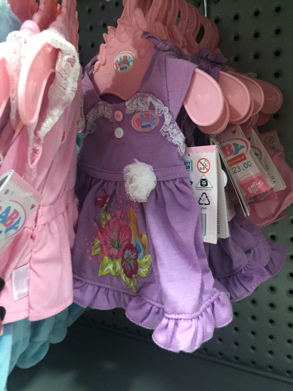 Baby alive clothes. Why aren't these in Australia? Come on