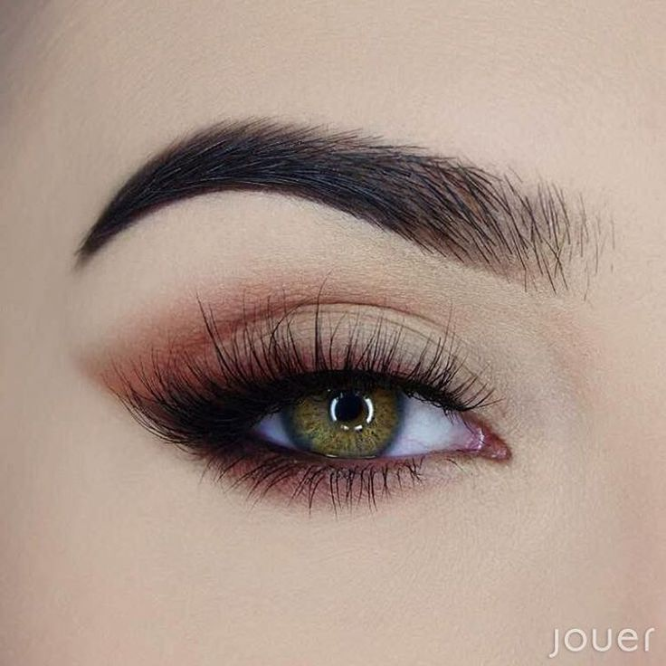"Photo of Jouer Cosmetics on Instagram: ""Soft and sultry eye look using our new Black Slim Crème Liner and Essential Matte & Shimmer Palette. ✨ Launching October 4th! 💘 Shadows…"""