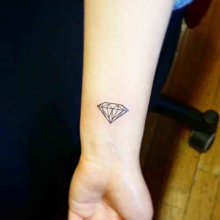tatuaggi,sul,polso,diamante