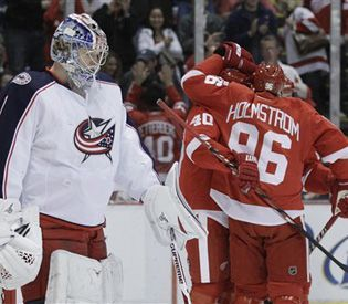 Playoffs 21 years straight!!   No other team has done it, way to go RED WINGS!