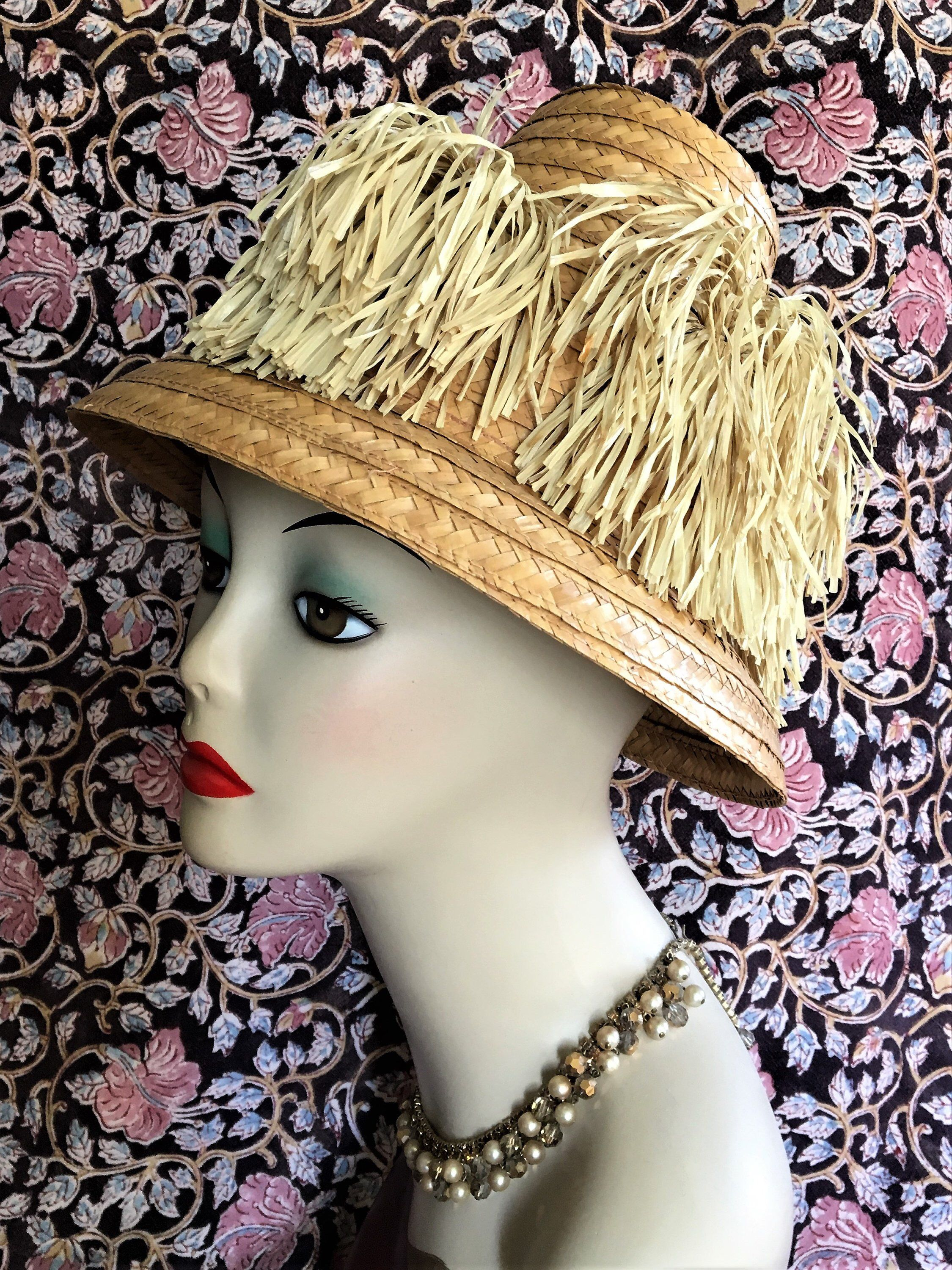 01d8a0d8637c66 Cool mid century ladies sun hat from