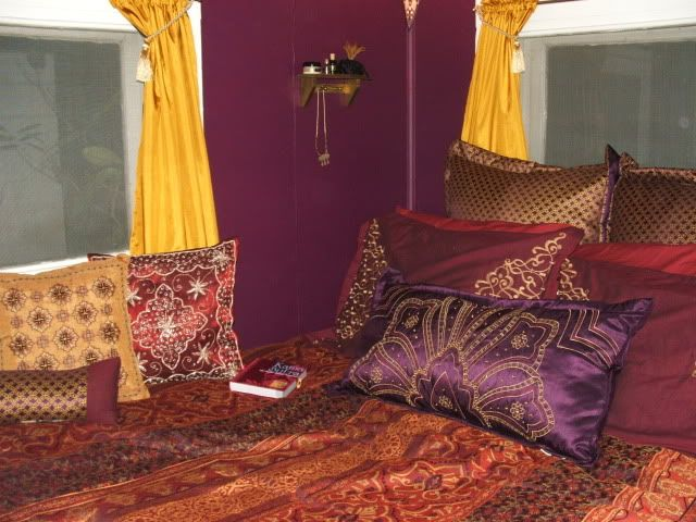 Here Is Amazing Arabic Bedroom Decorations Ideas Photo Collections At  Classic Bedroom Design Gallery. More Picture Design Arabic Bedroom Decor  For Your ...